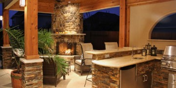 Outdoor Kitchen Remodeling & BBQ Areas