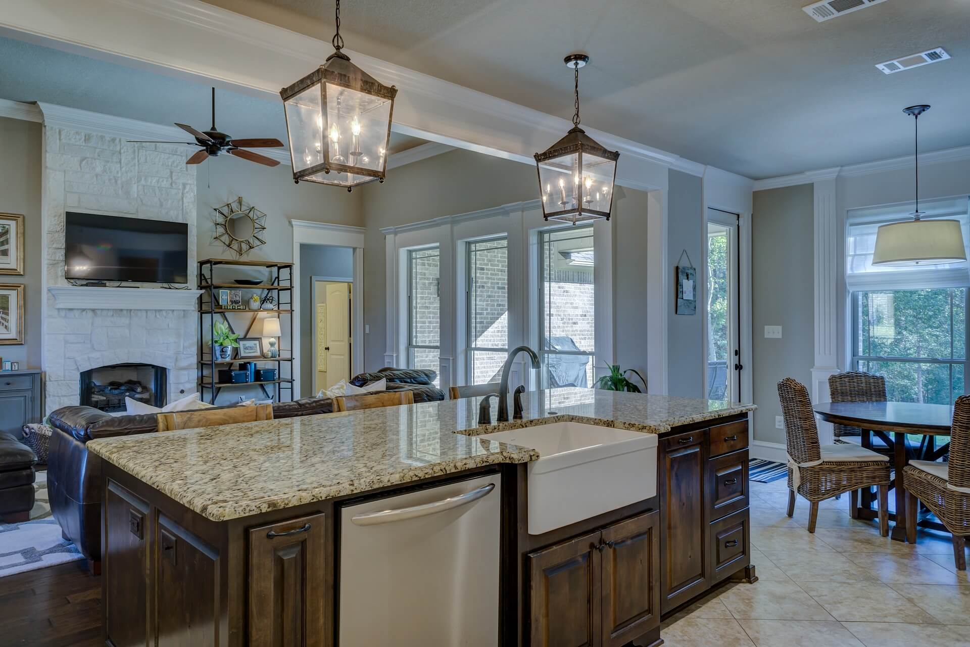 Luxury Kitchen Designs - SoFlo Kitchen Remodeling & Custom Cabinet Installation - backsplashes, flooring, countertops