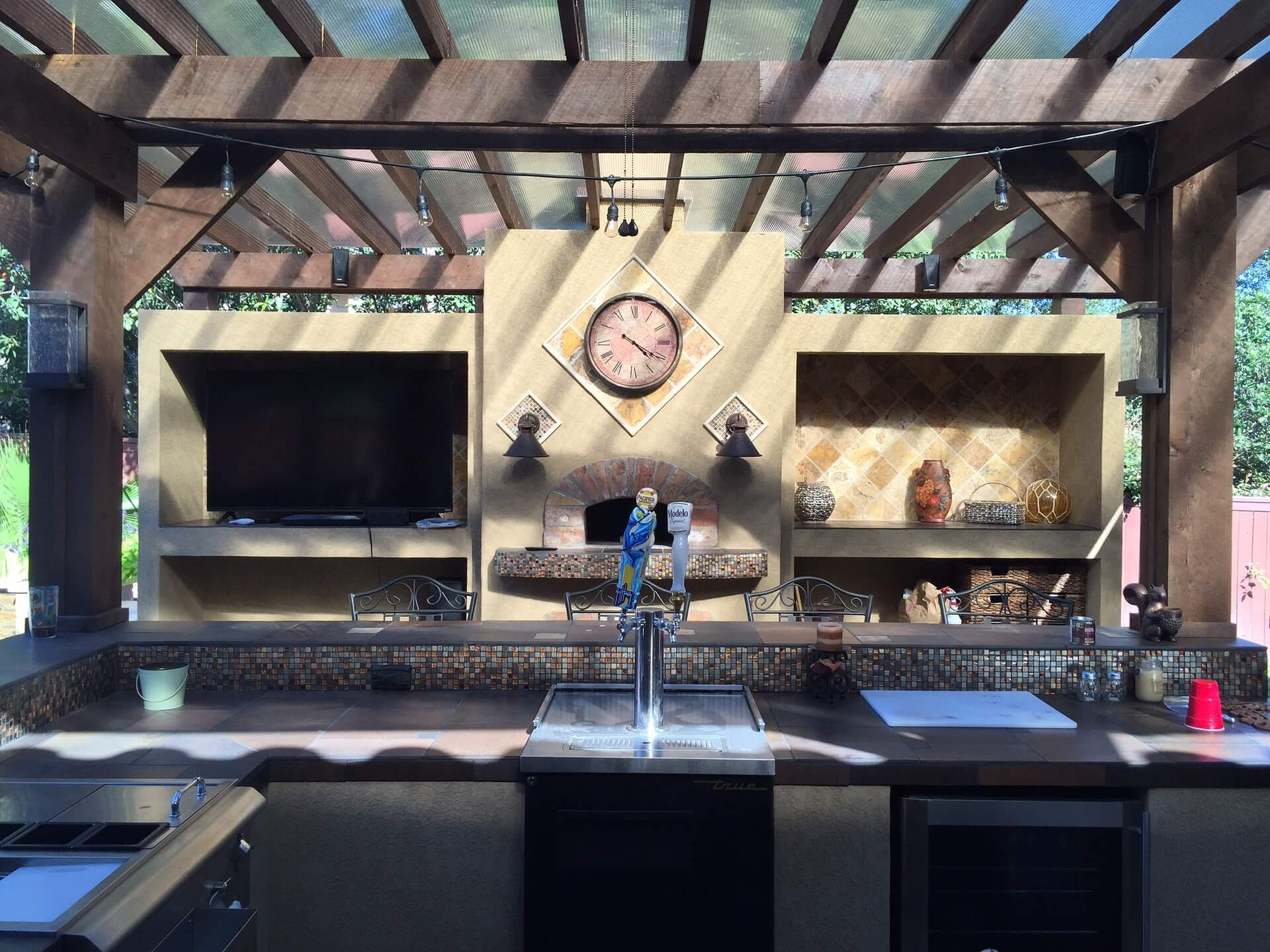 Outdoor Kitchens - SoFlo Kitchen Remodeling & Custom Cabinet Installation - backsplashes, flooring, countertops, outdoor patio